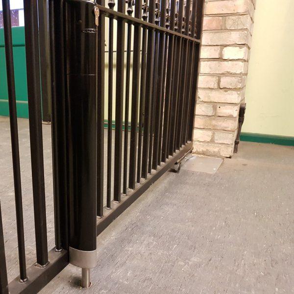 Locinox Electradrop Installed on Steel Gates